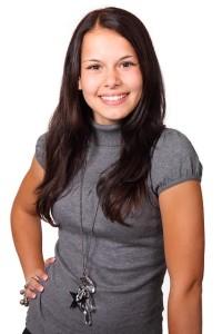 brunette-15963_640